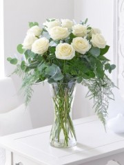 Enchanting Ivory Rose Vase